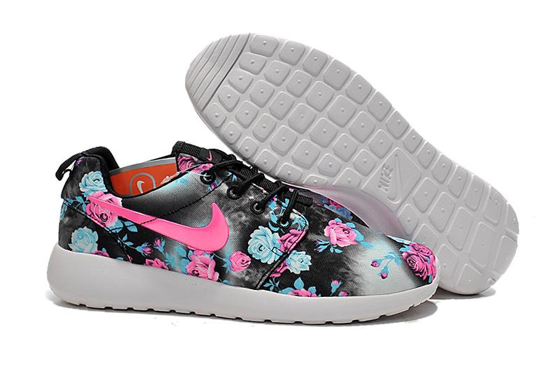 meilleures baskets dbbf9 73a89 Nike Roshe Run Print Femme chaussures pour enfant et ...